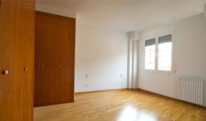 Habitaciones amplias con armarios empotrados