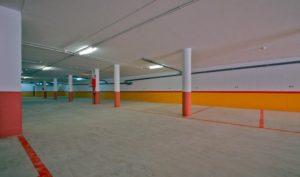 Parking, detalle de amplias plazas de aparcamiento sin el trastero integrado